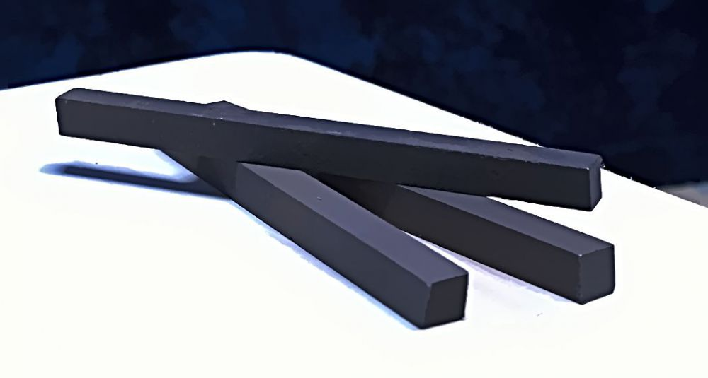 3 Vierkantstäbe gehärteter Stahl