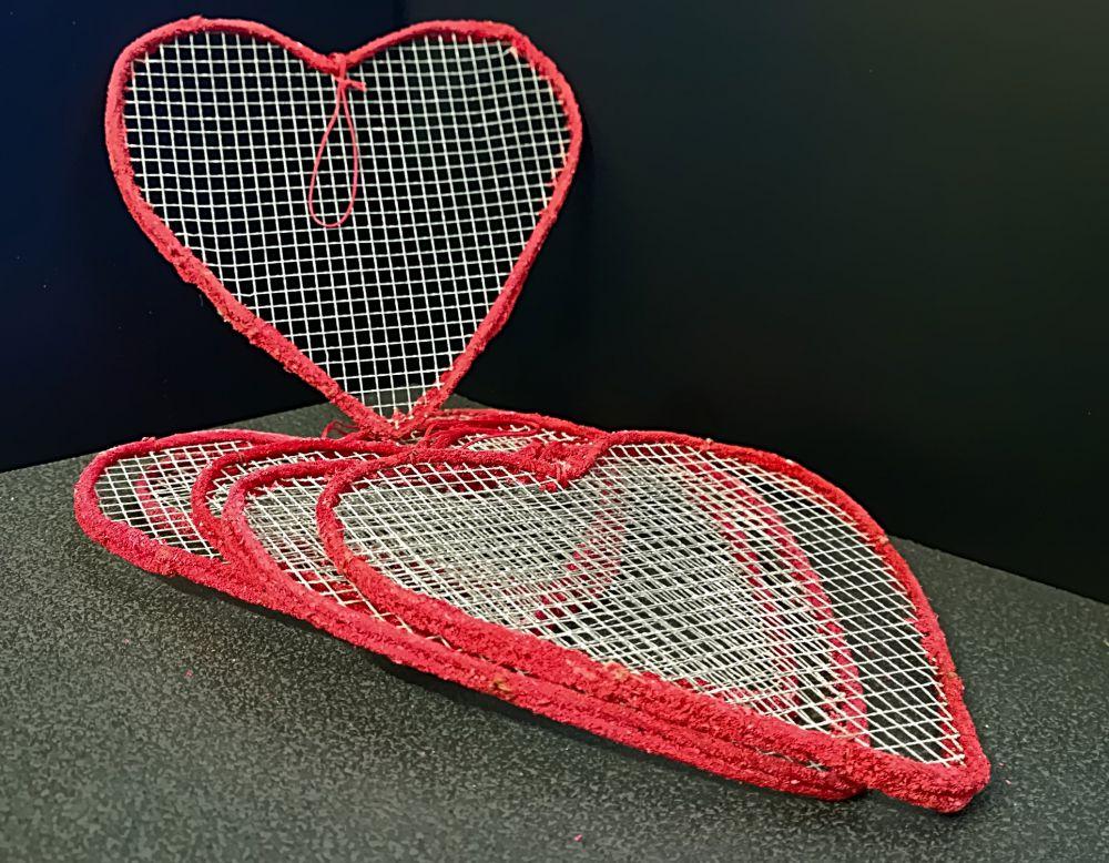 6 x Herz mit Drahtgitter