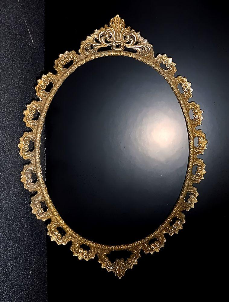 Ovaler Barock / Jugendstil Bilderrahmen Messing