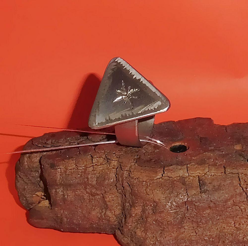 Edelstahl Ring Trigon Ø 20,5 x 8 mm