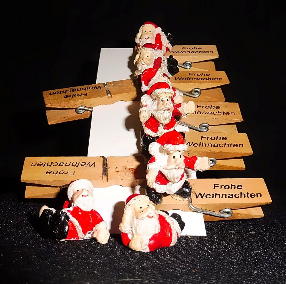 Holz Wäscheklammern mit Weihnachtmann und Aufschrift: Frohe Weihnachten